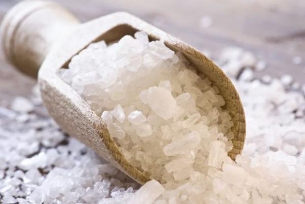 SELF LOVE SATURDAY: THE BENEFITS OF AN EPSOM SALT DETOXBATH